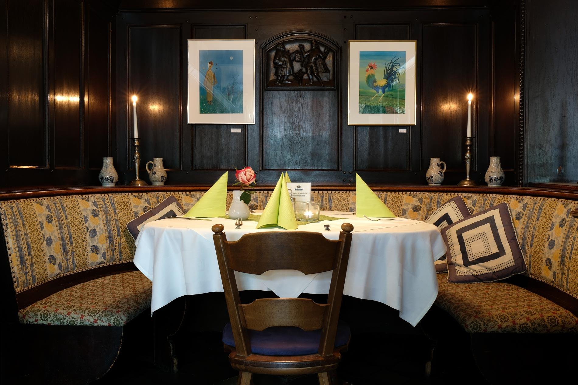 Restaurant Weihenstephan - gemütlich sitzen - gut essen